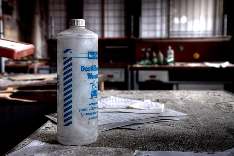 VEB Globus werke 1 - Op 22-11-2010 hebben Jos en ik een bezoek aan deze fabriek gebracht.<br /> In deze fabriek werden poets e.d. gemaakt voor auto&#