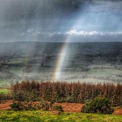 Regenboog tijdens de hagel