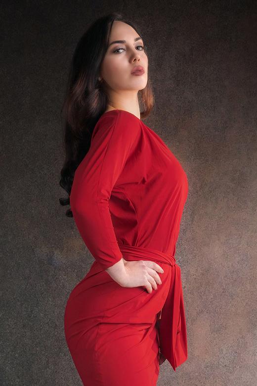 Zoe in red
