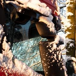 Vrachtwagen in de sneeuw