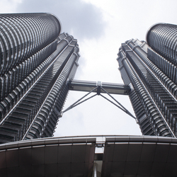 Twin towers 2, Kl, Malaysia.jpg