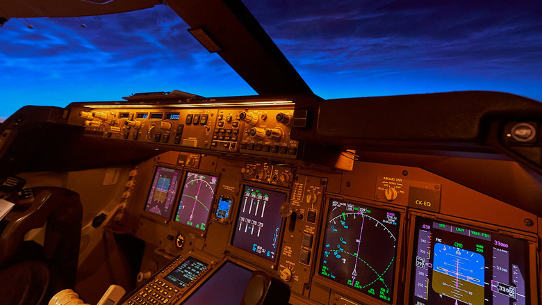 Noctilucent clouds - Welcome to my flight deck<br />