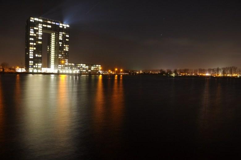 Skyline van Groningen - Skyline van Groningen met de Tasmantoren aan het water.