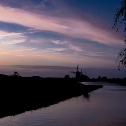 molens bij zonsondergang