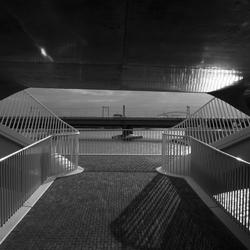 Spiegelwaal Nijmegen nieuwe brug
