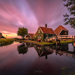 A summer sunset in Zaanse Schans