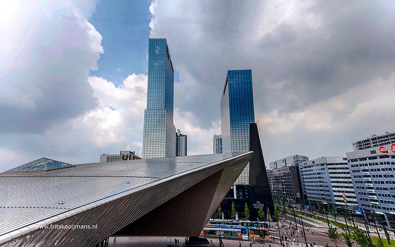Gebouwen naast Centraal Station in Rotterdam - 20160604 2624 Gebouwen naast Centraal Station in Rotterdam