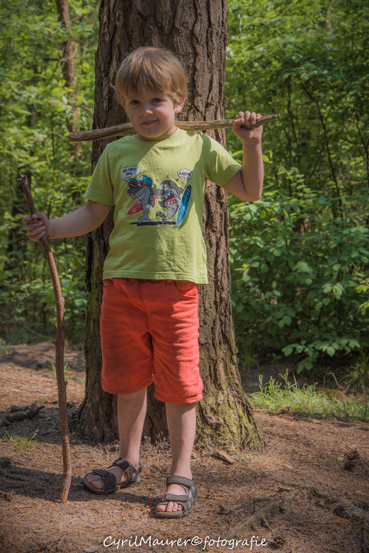 mijn zoon in het bos - was lekker met me zoon naar buiten in het bos geweest bij ons in Bilthoven. ben een tijd weg ge weest bij zoom . ik ga zo nu en