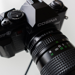 Cosina CT9