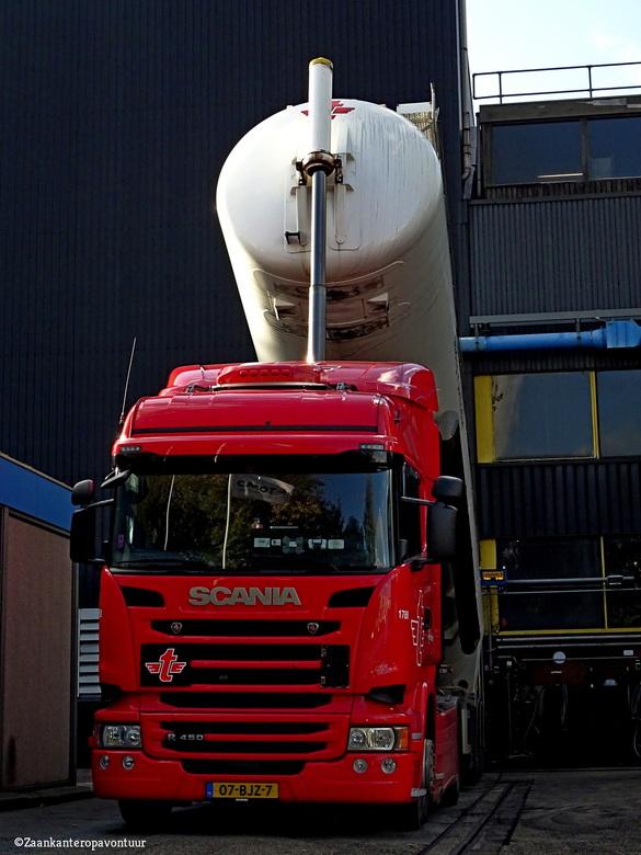 Bulk bij de Norit - Bulk transport bij de Norit Zaandam.