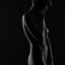 Nude (4/5)