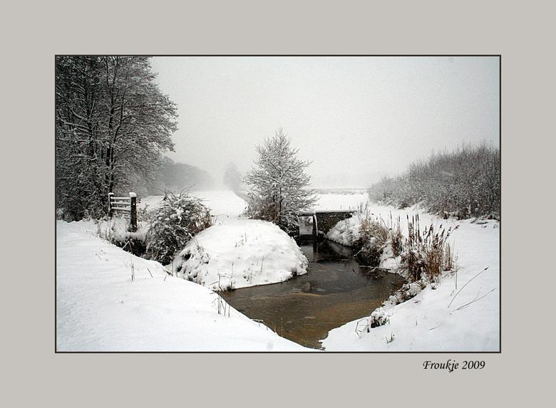 winter - Dit is ook nog eentje uit de eerste sneeuwperiode in dec .<br /> Groetjes Froukje <br /> Bedankt voor de reacties op mijn vorige foto .