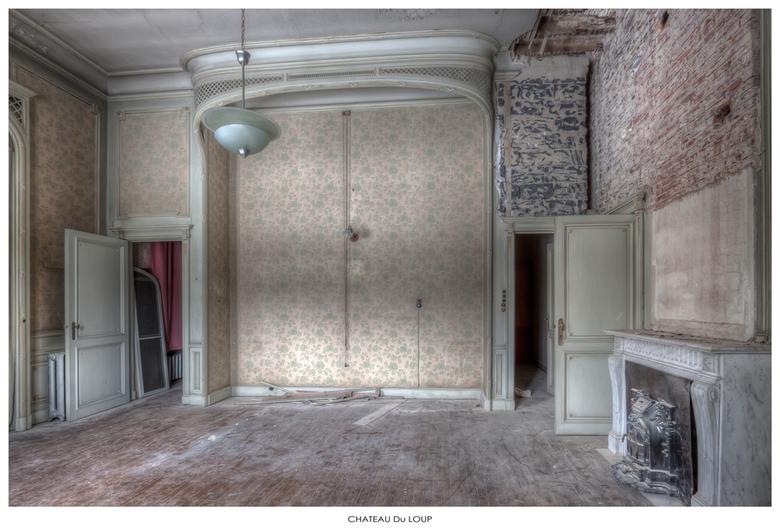 Chateau Du Loup 8 - Welbekend verlaten Chateau ergens in Belgie,...