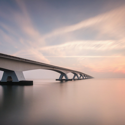 Zeelandbrug sunrise