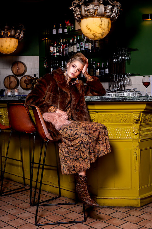 Demi - Model: Demi @ Young Model Management<br /> Make-up: Tatiana Orsini<br /> Haar: Beautifulmorning by Li<br /> Locatie: Cosa Baarn<br /> Styli