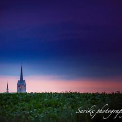 Kerk schimmert by night