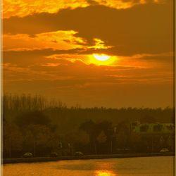Zons ondergang aan de Rijn