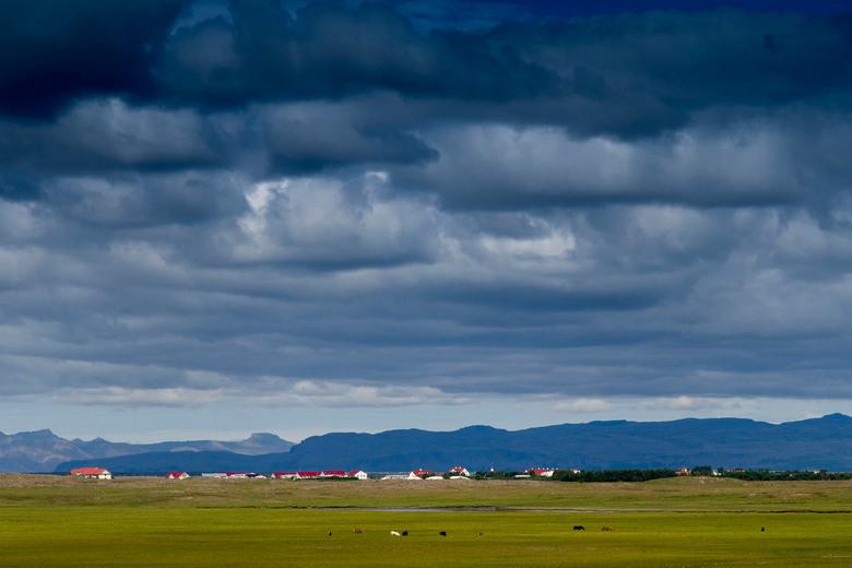 Drijging boven Skorradalur - Tijdens onze fiets kampeer tocht over IJsland, hebben we veel mooie wolken luchten kunnen zien.