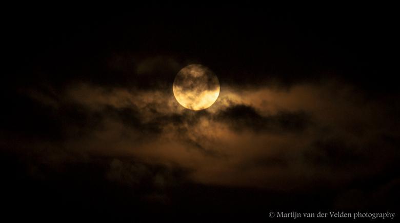 Volle maan - Volle maan in de Hoeksche-Waard