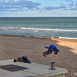 Spelen op het strand....