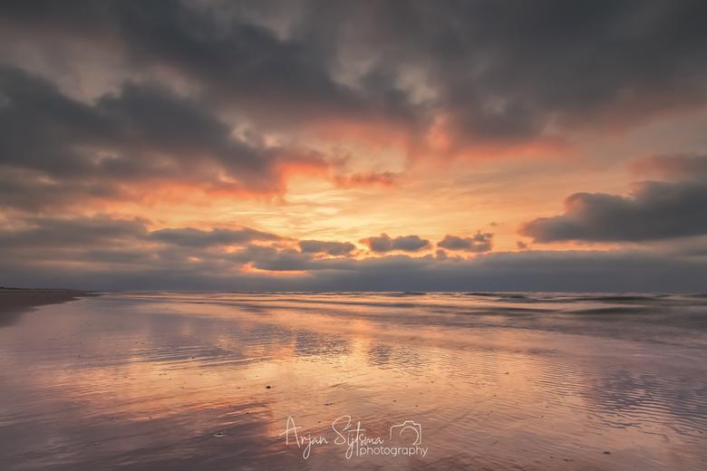 Kleurrijke zonsondergang -