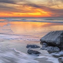 Zonsondergang bij de Noordezee