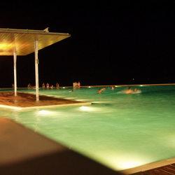 Zwemmen bij maanlicht