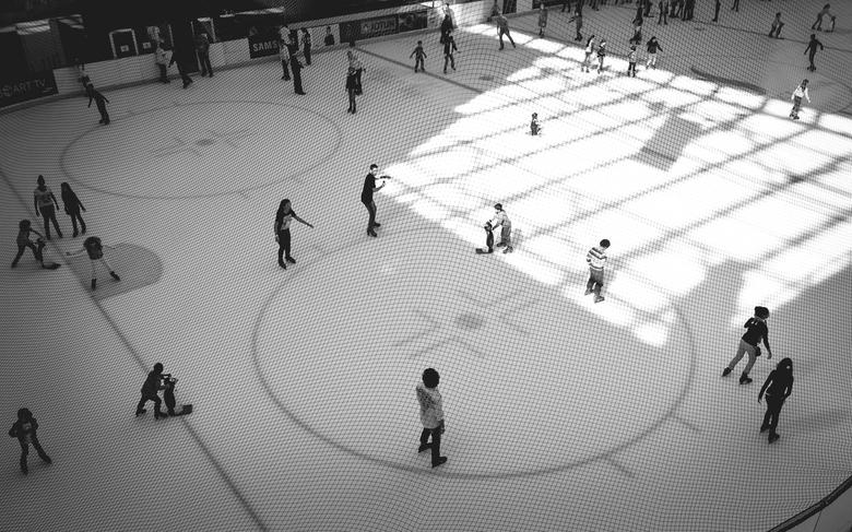 schaatsbaan Dubai - Dubai Ice Rink<br /> Deze schaatsbaan is te vinden in de Dubai Mall.
