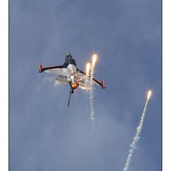 Sheik shooting Flares