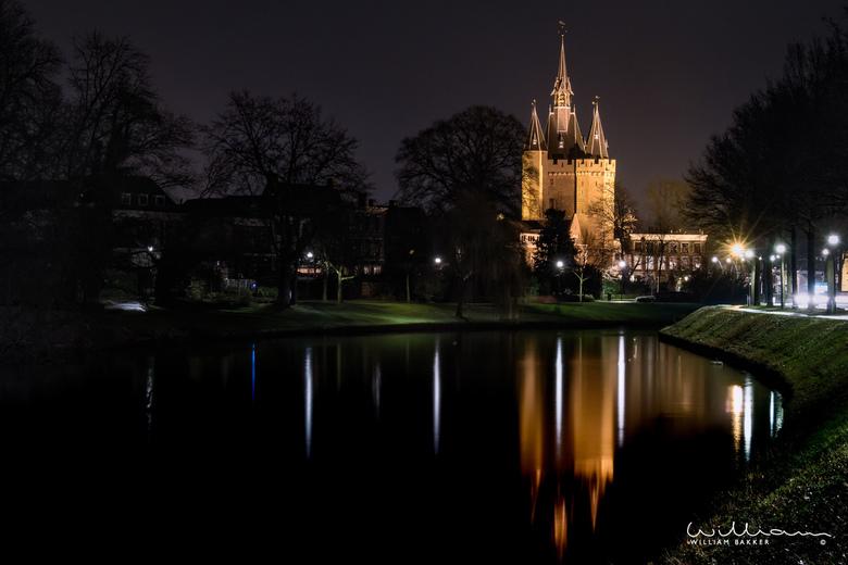 Dark Ages - Een blik op de Sassenpoort in Zwolle, één van de mooiste monumenten die er in de stad te vinden is.