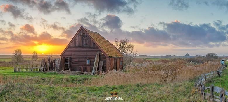 Kippenschuurtje op Texel. - Het Kippenskuurtje van Kikkert aan de Watermolenweg, prachtig stukje Texel.