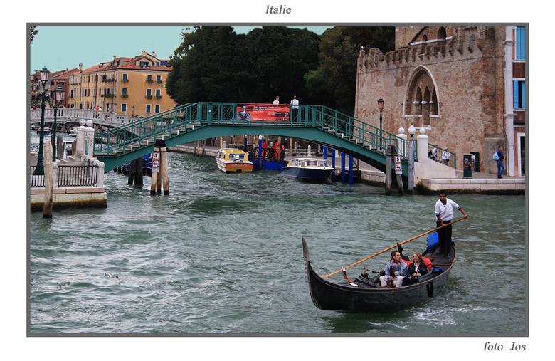 Italie 1 - Zo, we zijn weer terug en hebben erg genoten van onze rondreis door Italie. Wat hebben ze daar toch erg veel mooie natuur en historische do