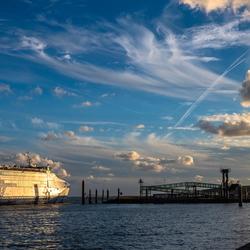 Veerboot komt aan op Vlieland