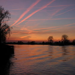 Sunset aan de Maas