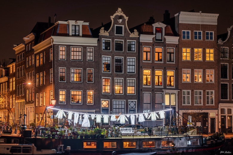 Neighborhood - Neighborhood (Sergey Kim) - Amsterdam Light Festival