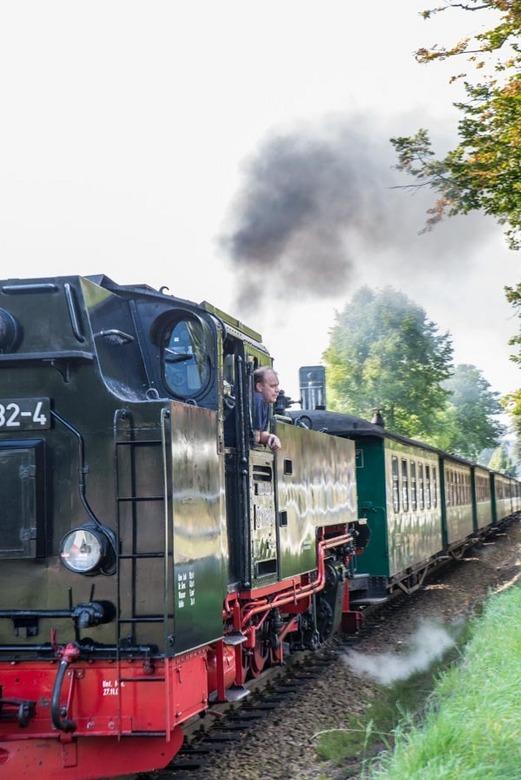 Een oud treintje  - Razende Roland rijdt op Rügen