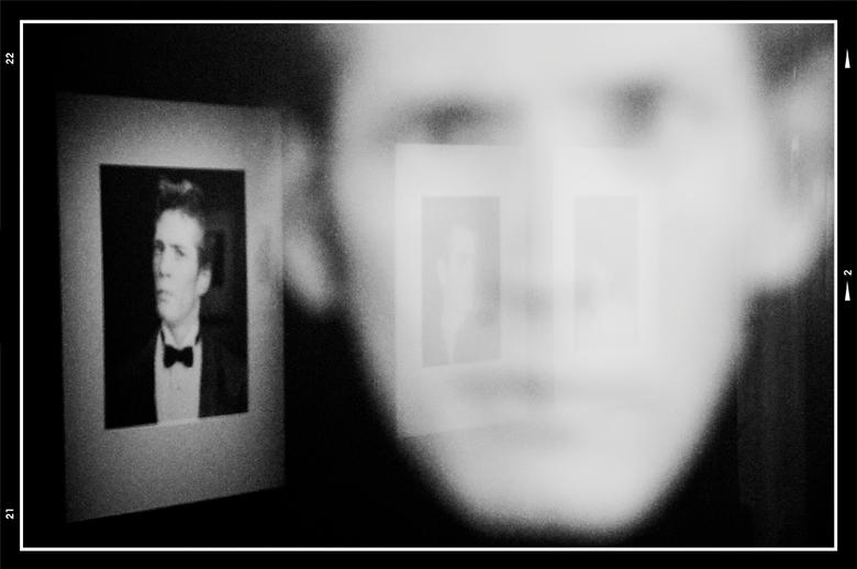 Stockholm 14 - Het werk van fotograaf Robert Mapplethorp is vooral bekend geworden door zijn extreme aanpak voor wat portretten en lichamen betreft. Z