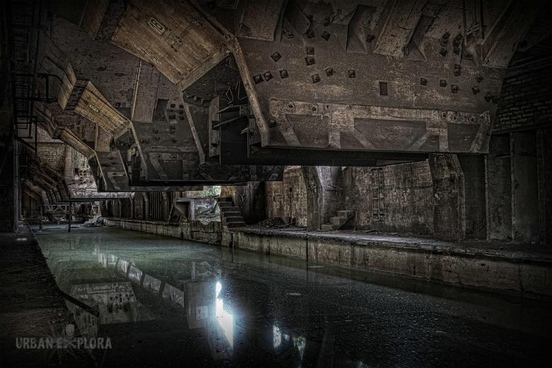 Verlaten ijzerertsfabriek