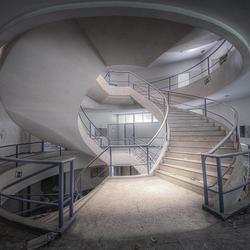 Roundabout Stairway