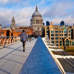 Millenium Bridge en St Pauls Cathedral