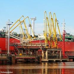 Tanker in de haven
