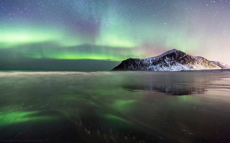 Aurora Borealis reflection Skagsanden