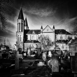 Kerk en kerkhof