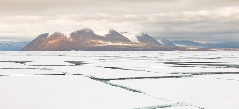 McMurdo sound - Antarctica - 25 op 26 februari hebben we de hele nacht door het ijs gevaren en gebroken. Spectaculair... Dit plaatje was het uitzicht
