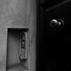 deur, Pisa, Italie.