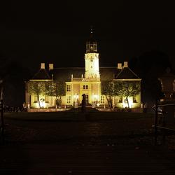 Fraeylemaborg bij nacht