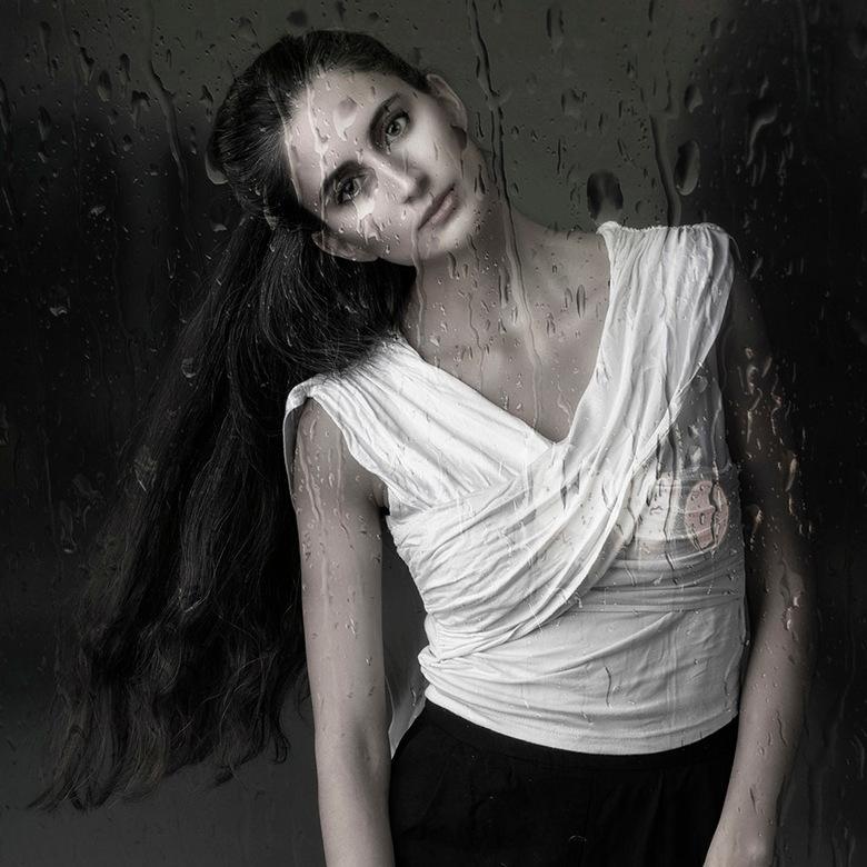 Rainy Day - Sara