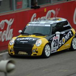 Mini Challenge 2004