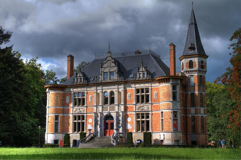 Kasteel - Dit is een foto van kasteel De Blankaart, te  Woumen.<br /> Het kasteel dateert uit de jaren eind 1800.<br /> <br /> Kasteel is toegankel