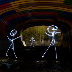 Vreemde mannetjes in de tunnel....